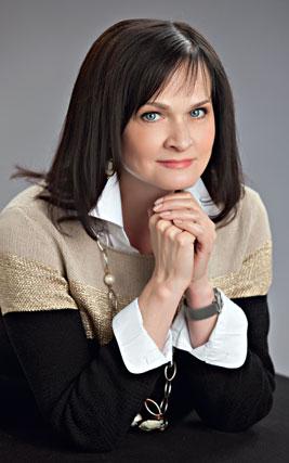 649269cb6e0 AVERI - российский производитель женской одежды больших размеров для ...